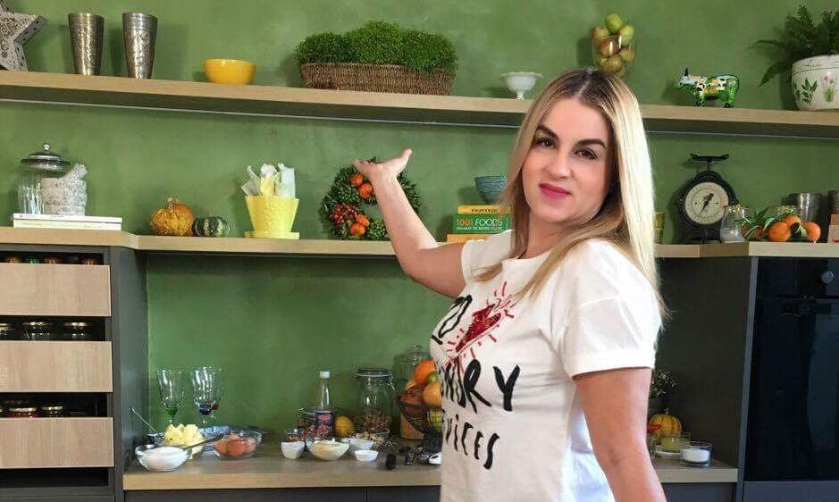 Ανακαίνιση κουζίνας Μυρσίνη Λαμπράκη (σεφ)