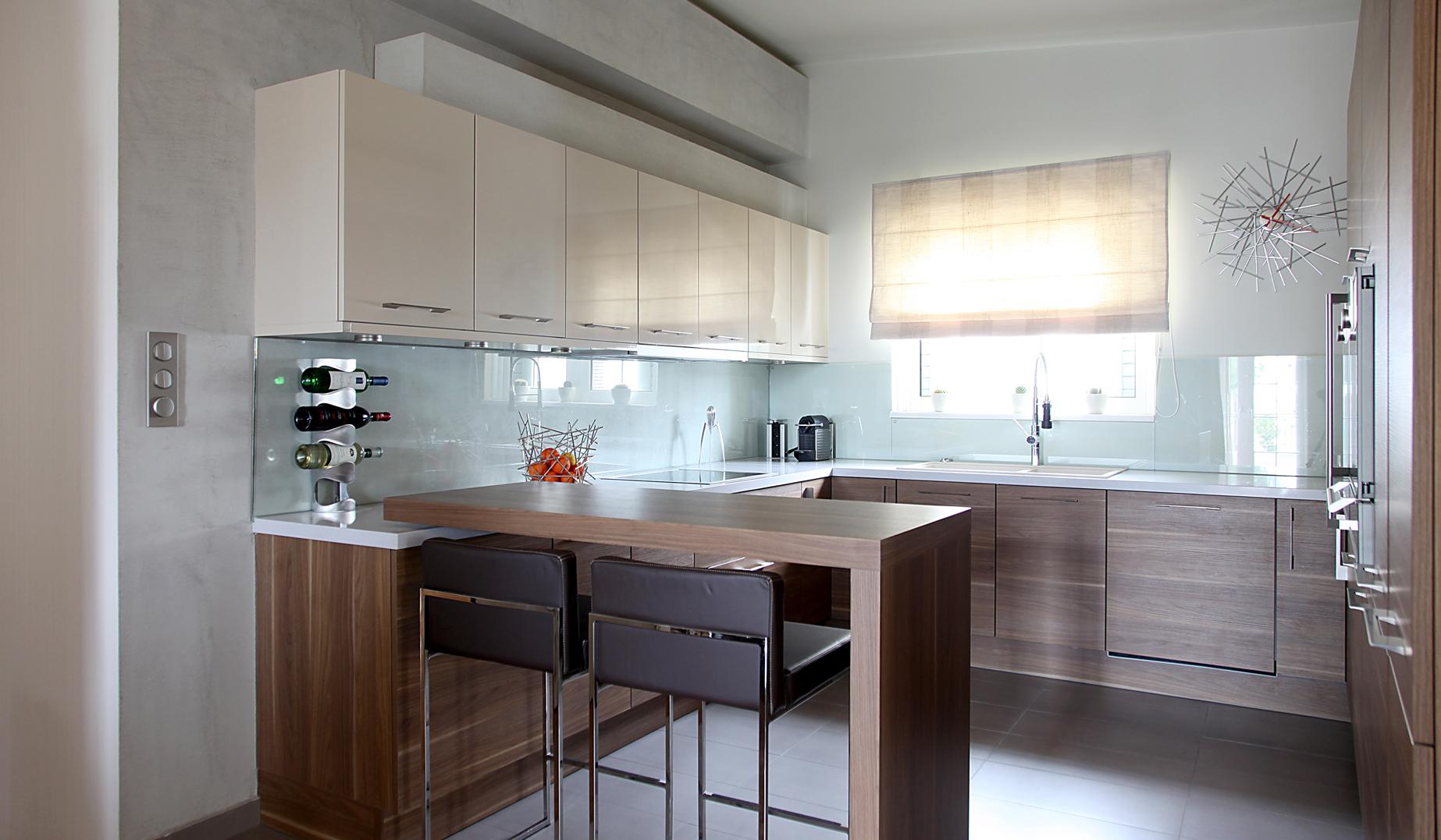 Ανακαίνιση κουζίνας από την OPUS. Μοντέρνες ιδέες και συμβουλές για το χώρο σας.