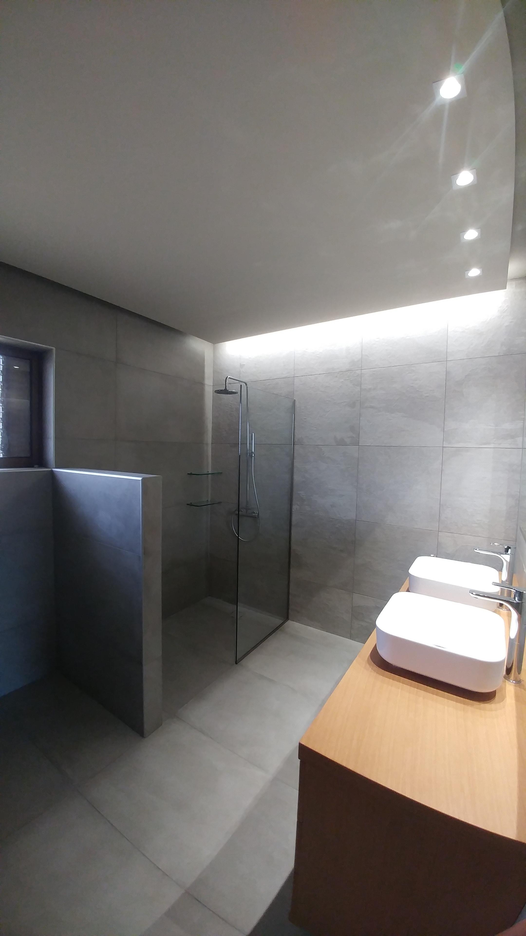 Ανακαίνιση μπάνιου στη Φιλοθέη | OPUS